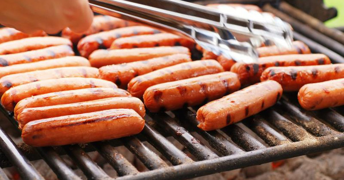 How Long To Grill Hot Dogs  What Are Uncured Hot Dogs