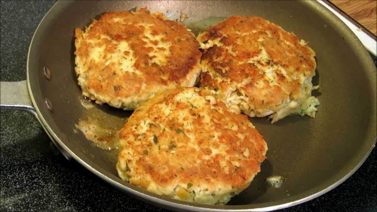 How To Cook Crab Cakes  How to make Maryland Style Crab Cakes