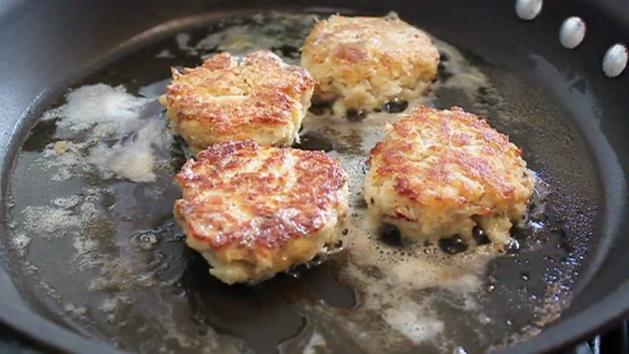 How To Cook Crab Cakes  Crab Cakes Recipe How to Make Crab Cakes