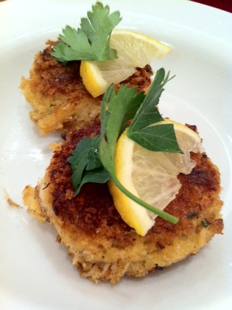 How To Cook Crab Cakes  How to make crab cakes Seattle style