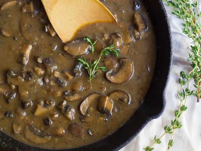 How To Make Mushroom Gravy  Whiskey Mushroom Gravy Connoisseurus Veg