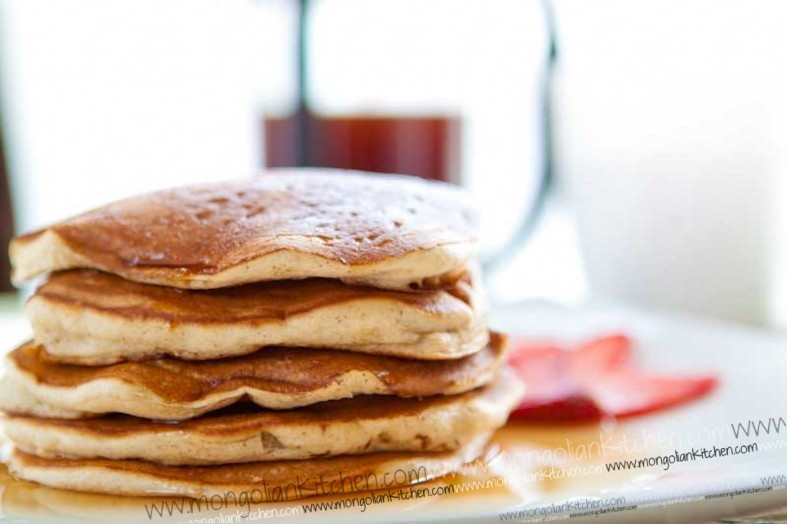 How To Make Pancakes Without Eggs  making pancakes without eggs
