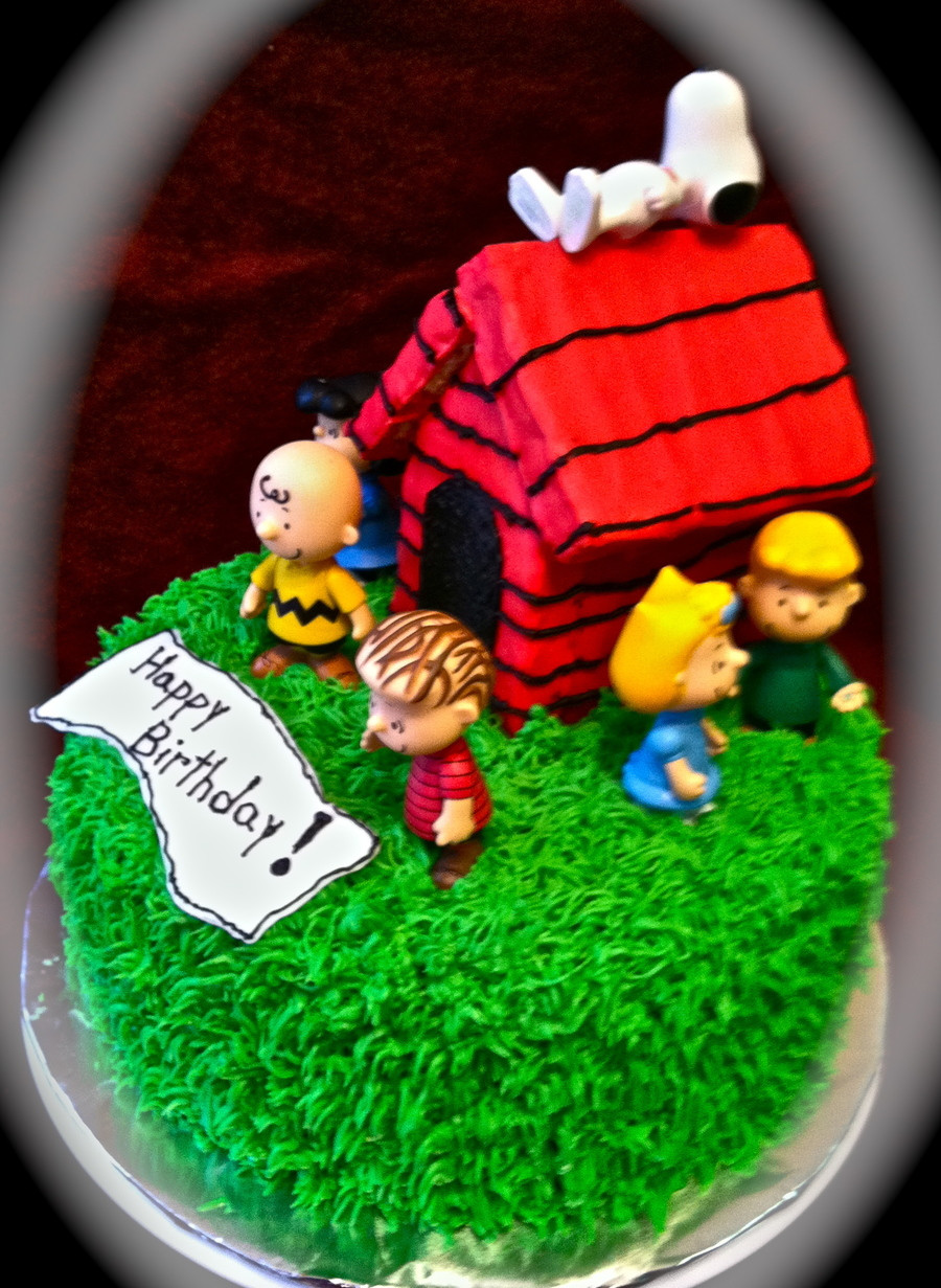 Image Birthday Cake  A Charlie Brown Birthday CakeCentral