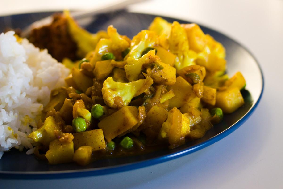 Indian Cauliflower Recipe  Vegan Indian Food Recipe Crisp Gobi Matar Cauliflower