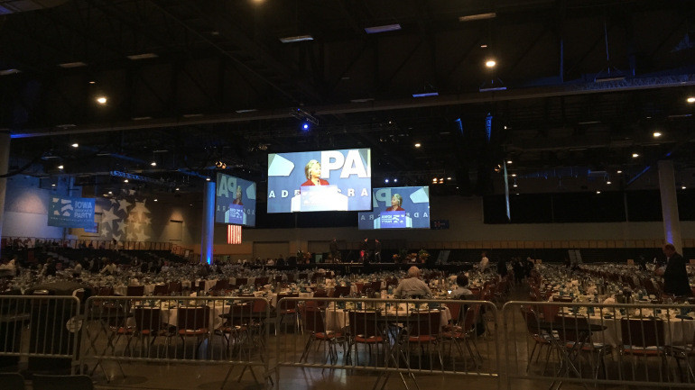 Jefferson Jackson Dinner  Presidential Candidates Descend on Des Moines for