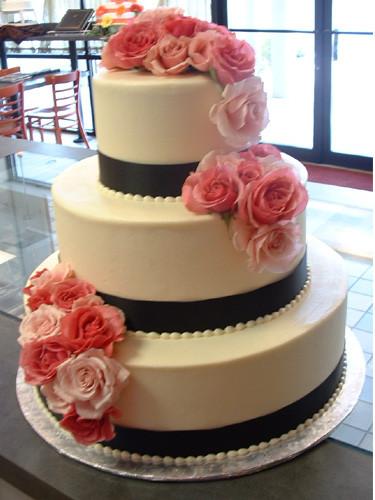 Just American Desserts  Spokane Cake Bakers