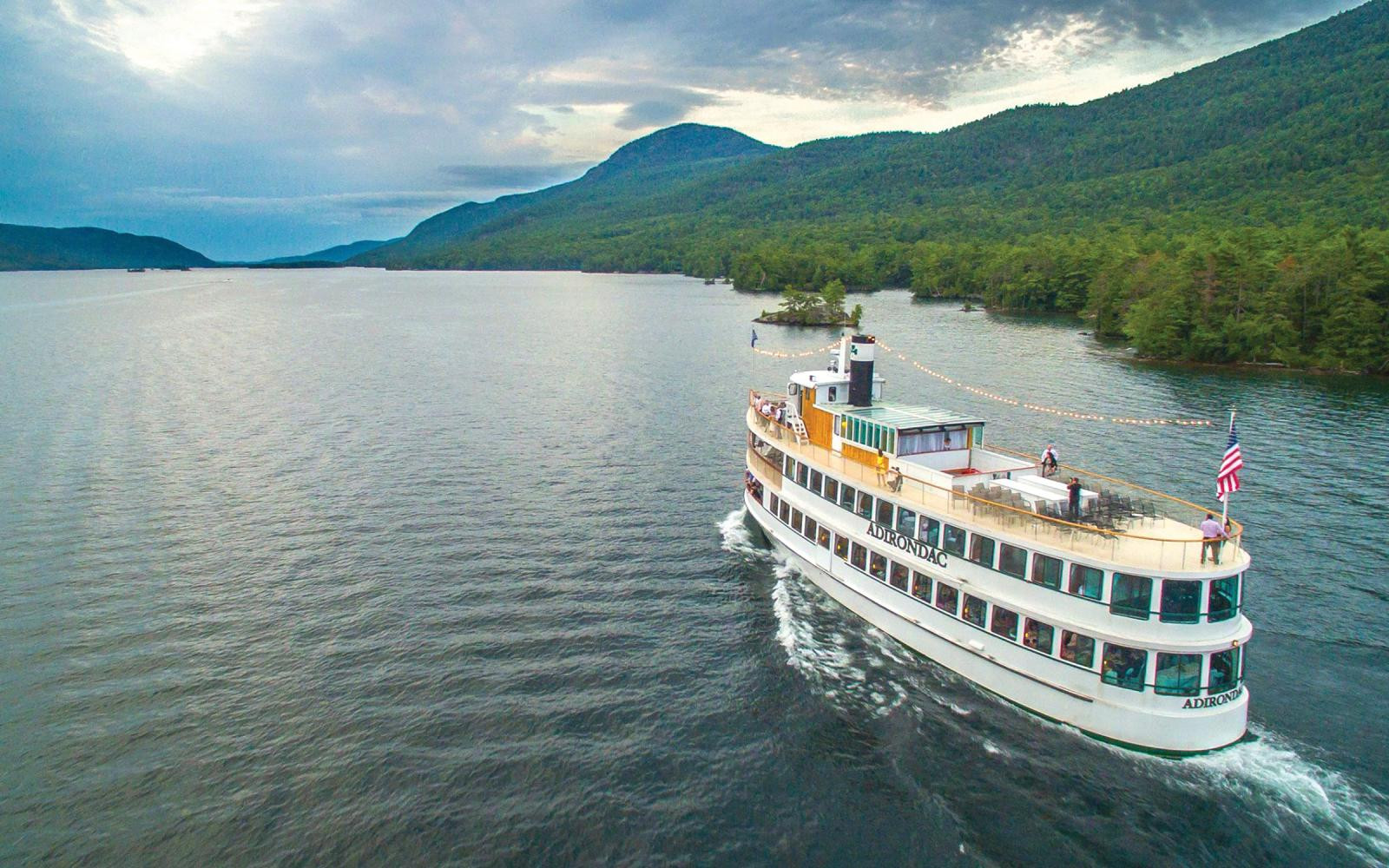 Lake George Dinner Cruise  Lake George Boat Cruises Full List of Tours Dinners