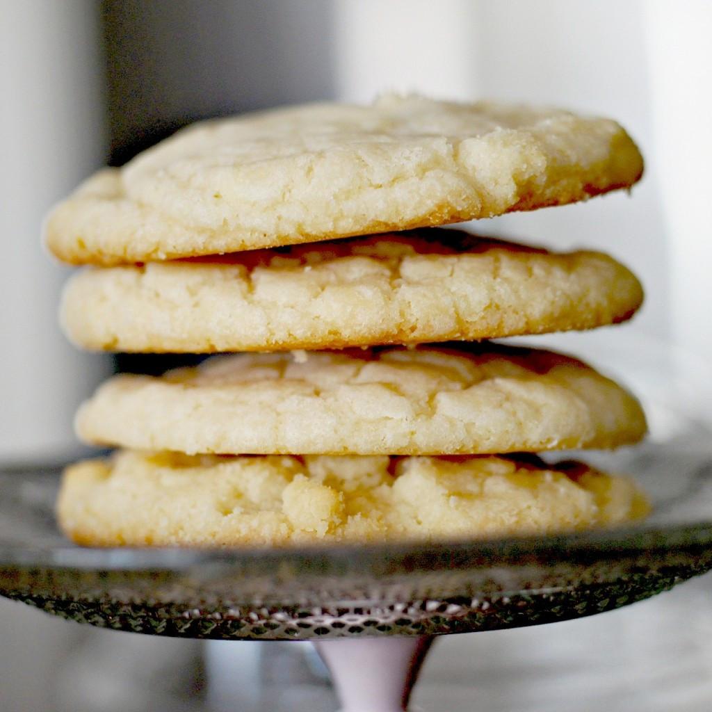 Lemon Shortbread Cookies  Mini Lemon Cupcakes with Perfect Silky Buttercream