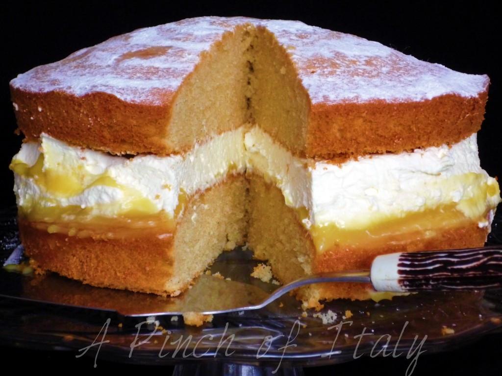 Lemon Sponge Cake  Lemon Sponge Cake Ricetta Internazionale A Pinch of Italy