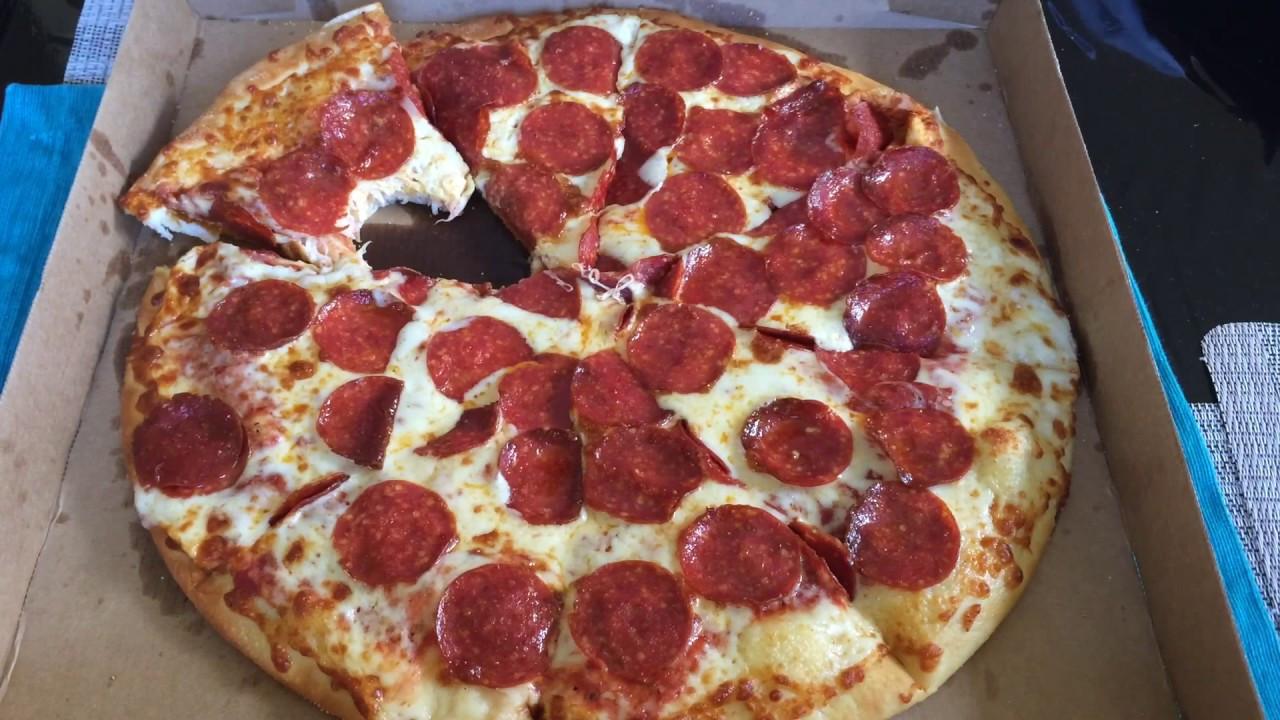 Little Caesars Hot-N-Ready Extramostbestest Pizza, Pepperoni  Little Caesars EXTRA MOST BESTEST Review