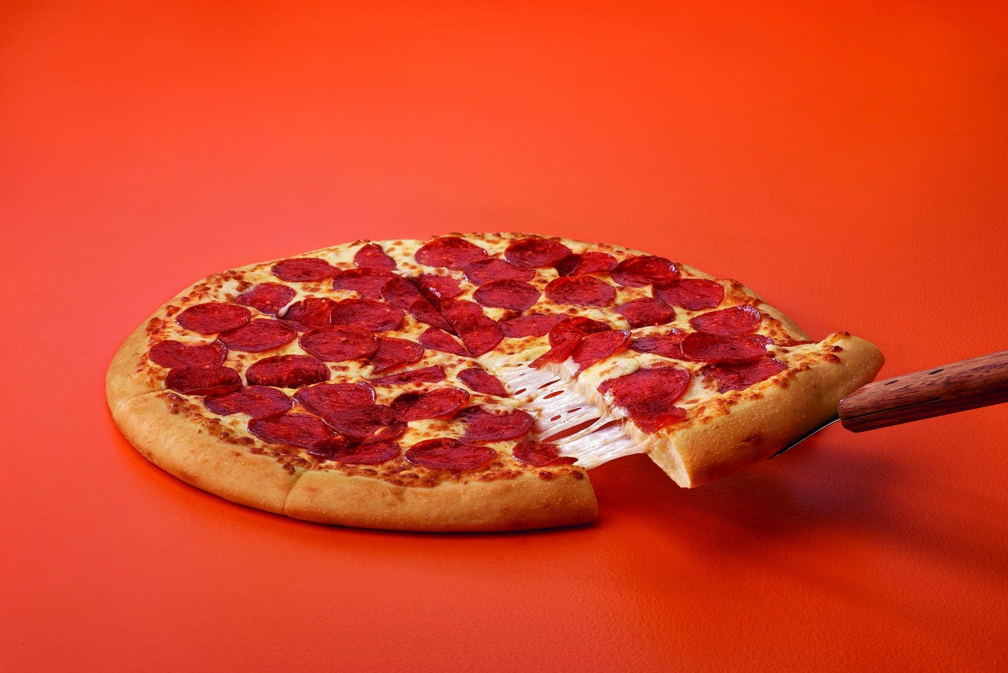 Little Caesars Hot-N-Ready Extramostbestest Pizza, Pepperoni  Little Caesars ExtraMostBestest Pizza
