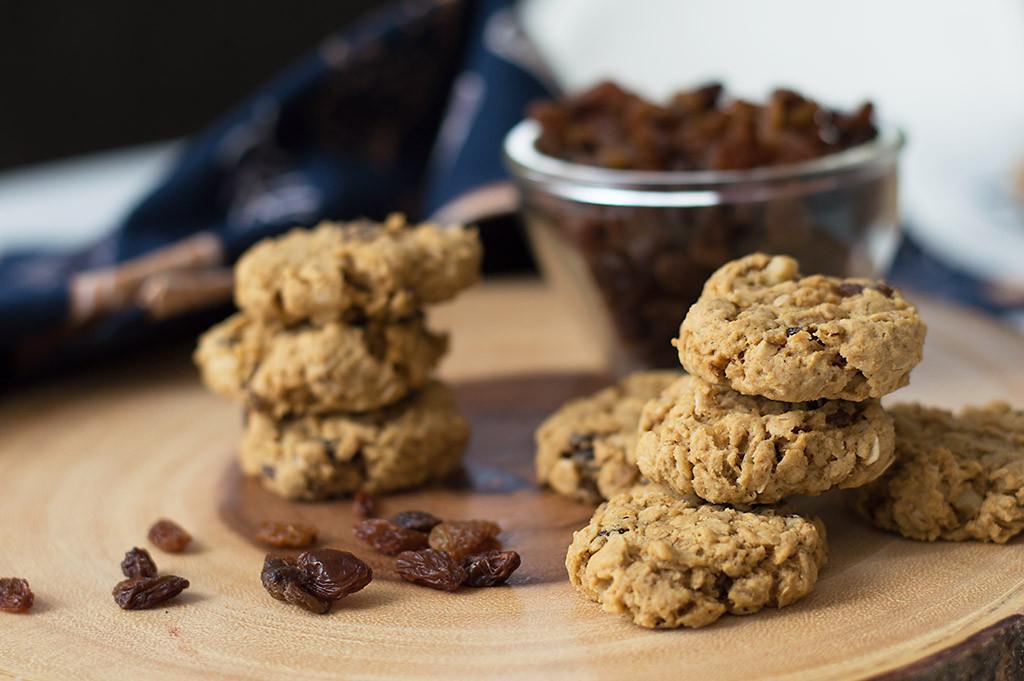 Low Sugar Oatmeal Cookies  Vegan low sugar oatmeal raisin cookies With no specialty