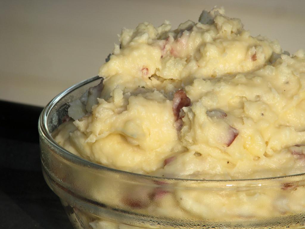 Mashed Potato Recipes With Skin  Creamy Red Skin Mashed Potatoes Big Bear s Wife