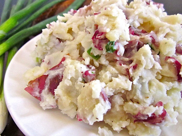 Mashed Potato Recipes With Skin  Red Skin Horseradish Mashed Potatoes Food So Good Mall