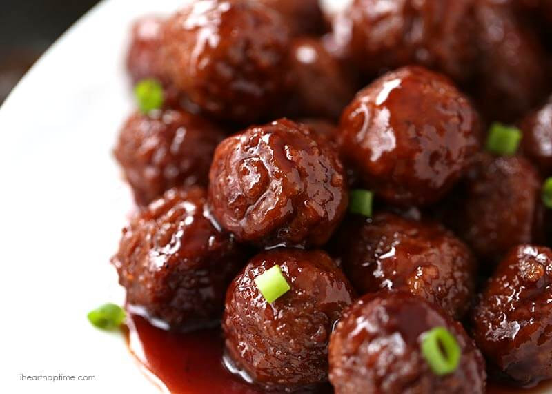 Meatballs With Grape Jelly And Bbq Sauce  Crock pot grape jelly & BBQ meatballs only 3 ingre nts