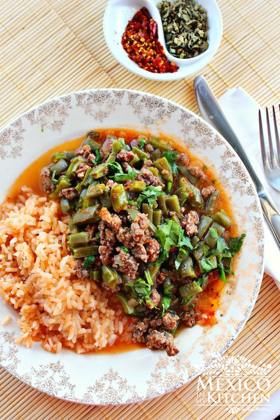 Mexican Ground Beef Recipes  Nopales with ground beef in a piquin sauce Traditional