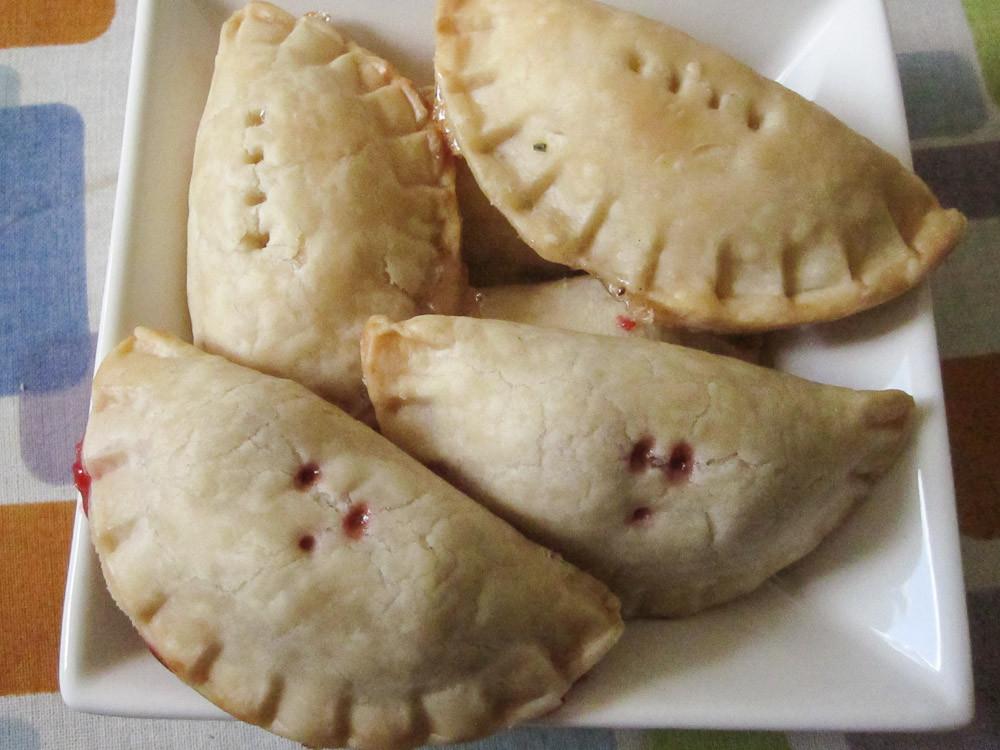 Mini Pie Recipes  Mini Pie Pockets & An Easy Fruit Pie Filling Recipe