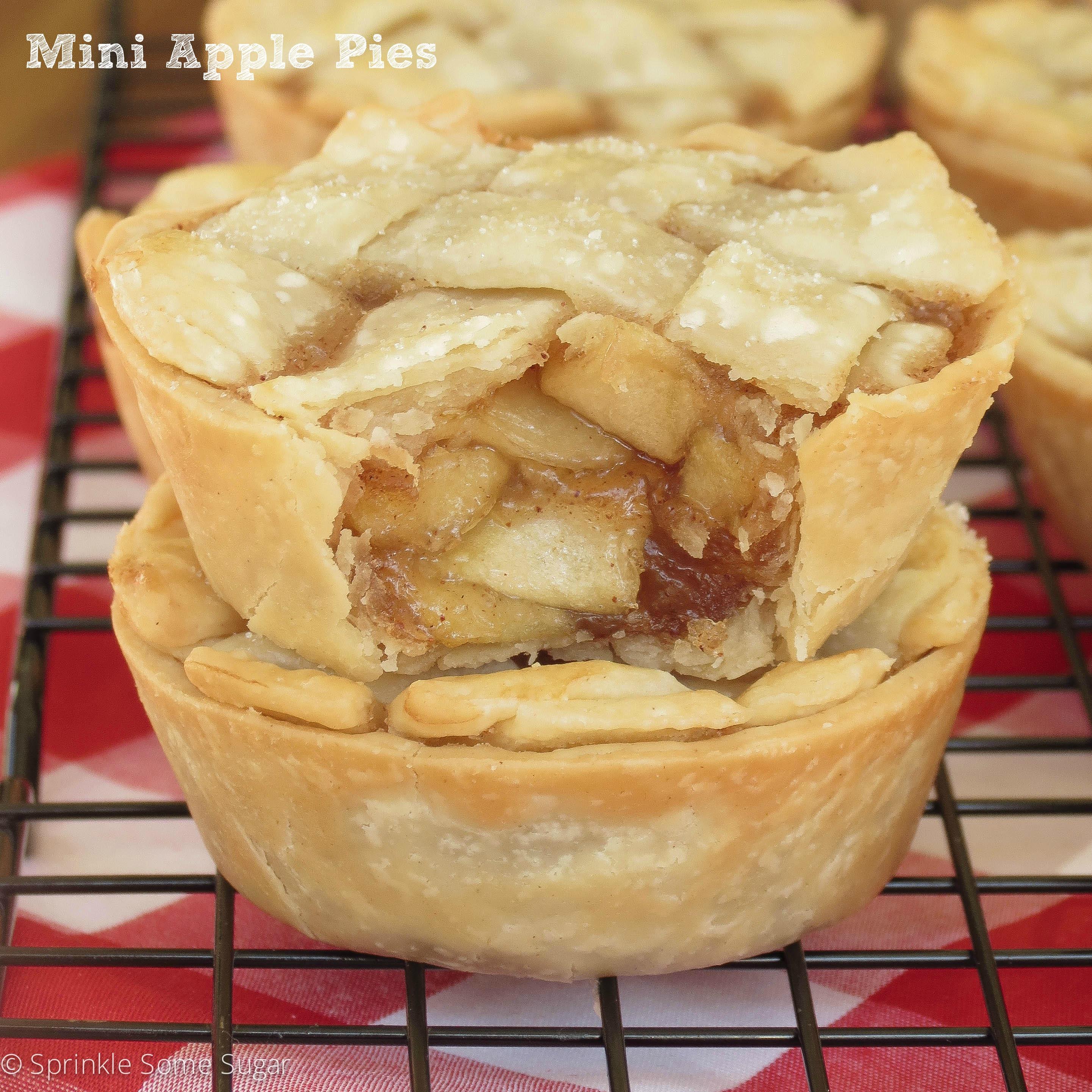 Mini Pie Recipes  Mini Apple Pies Sprinkle Some Sugar