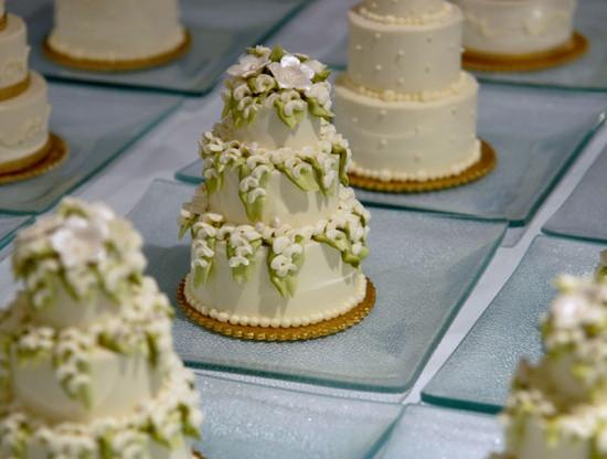 Mini Wedding Cakes  Mini Bolo de Casamento Noivinhas de Luxo