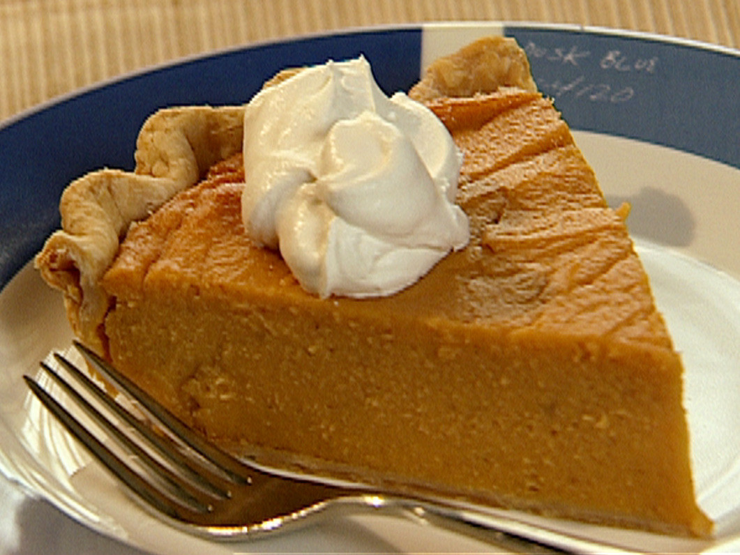 Neelys Sweet Potato Pie  Calley s Sweet Potato Pie Recipe Food Network