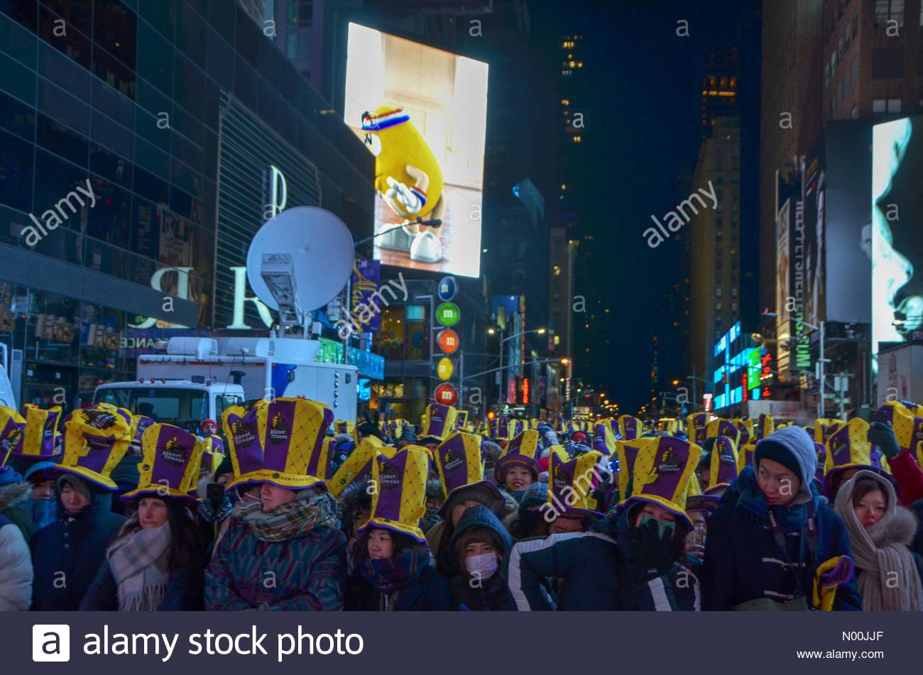 New Year'S Eve Dinner Nyc 2018  New York City The New Years Eve in Times Square 2018