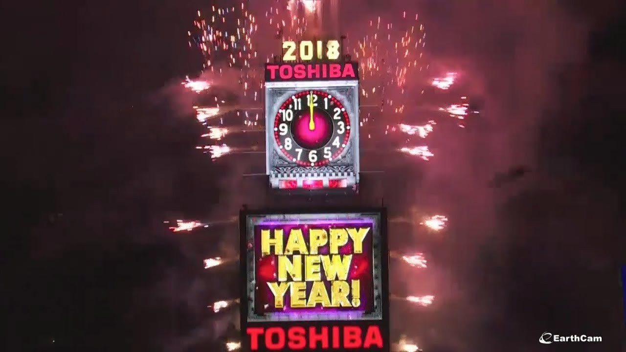 New Year'S Eve Dinner Nyc 2018  2018 New Year s Eve Ball Drop in Times Square
