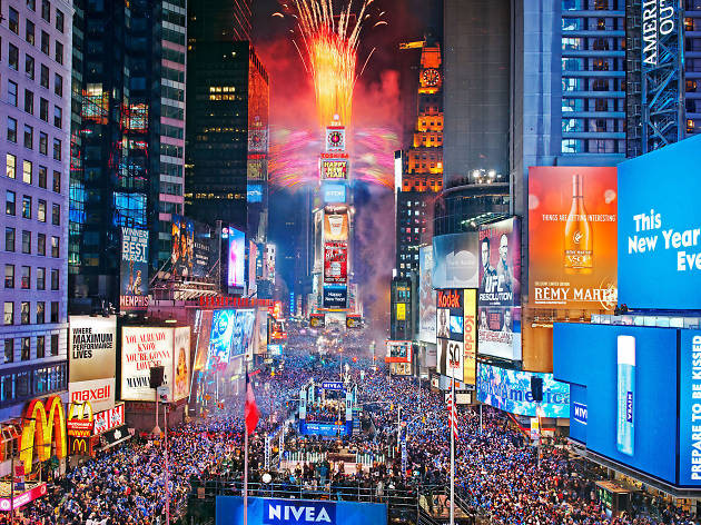 New Year'S Eve Dinner Nyc 2018  Best New Year s Eve events in NYC including parties and shows