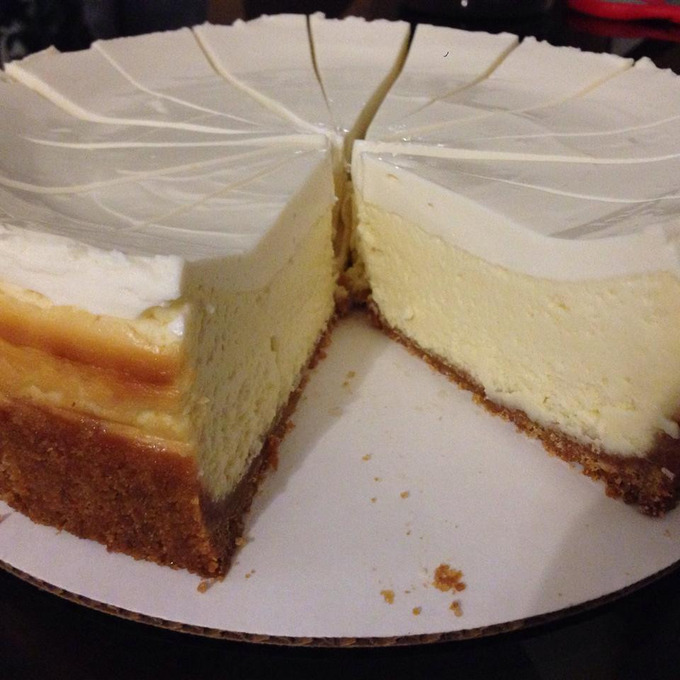 New York Style Cheesecake Recipe Cheesecake Factory  simple new york cheesecake