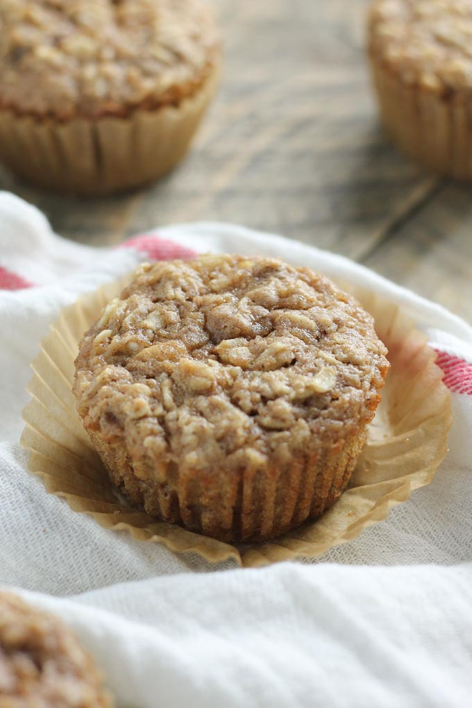 Oatmeal Applesauce Muffins  applesauce oatmeal muffins