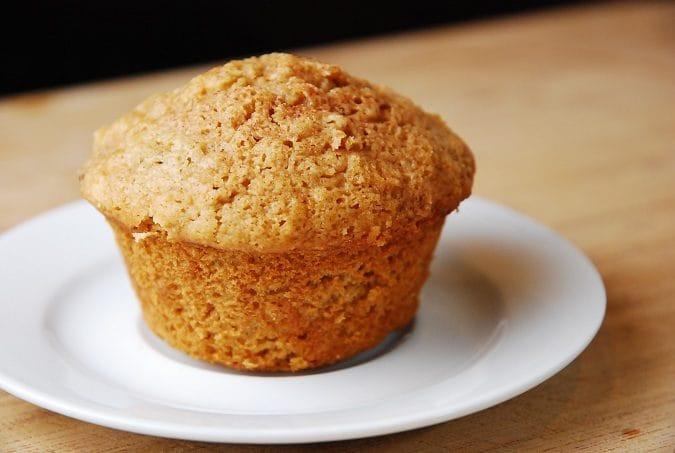 Oatmeal Applesauce Muffins  Applesauce Oatmeal Muffins Recipe – 3 Points LaaLoosh