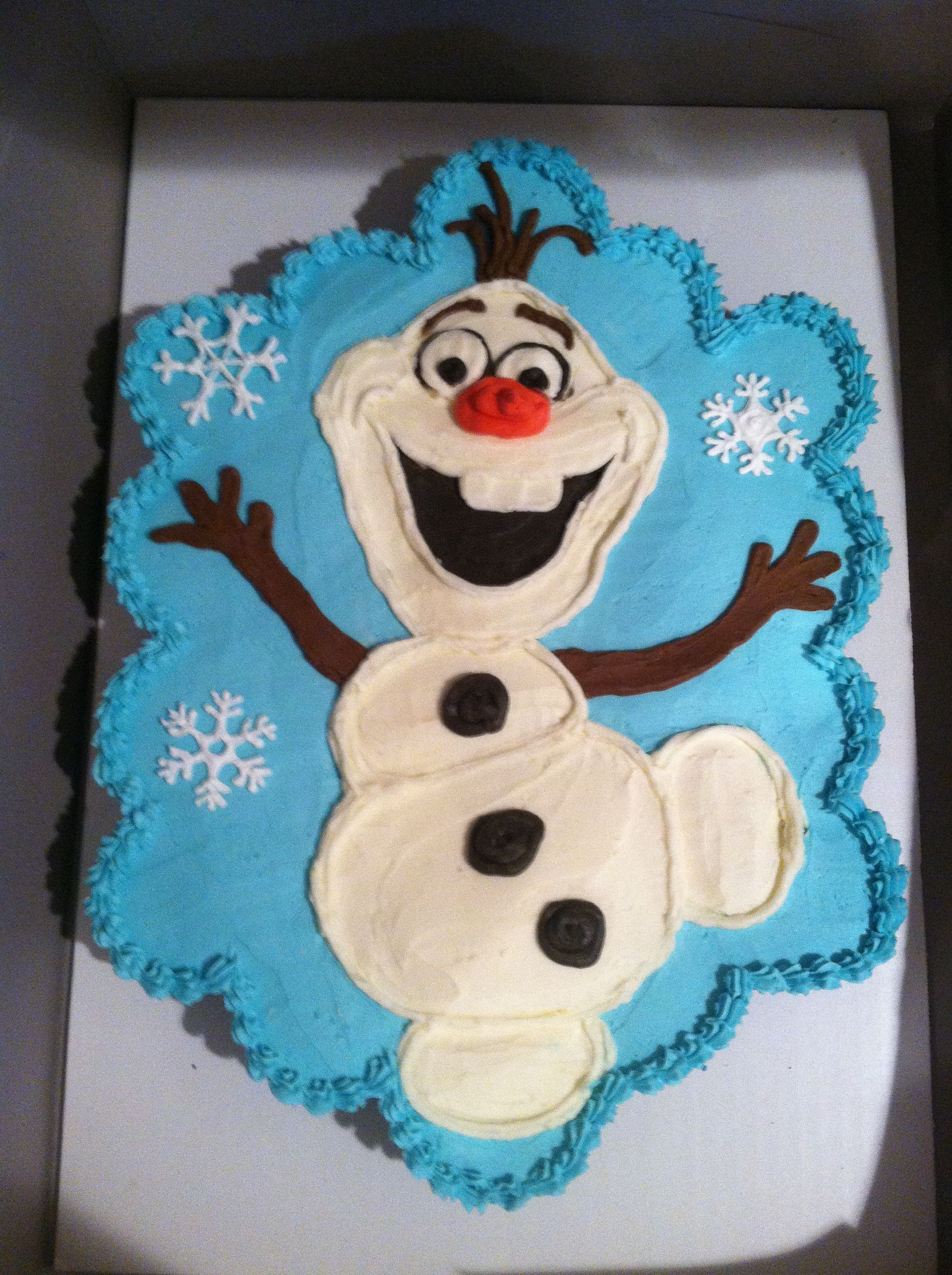 """Olaf Cupcakes Cake  Olaf from Disney s Frozen 24 cupcakes made into a """"pull"""