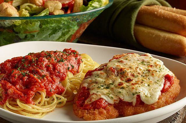 Olive Garden Early Dinner Special  Olive Garden fering 8 99 Early Dinner Duos Deal Brand