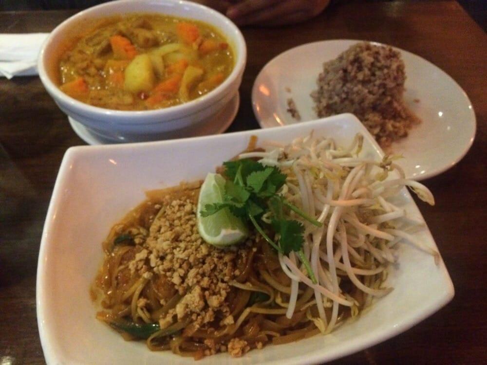 Pad Thai Austin  Tofu pad thai brown rice and yellow curry Yelp