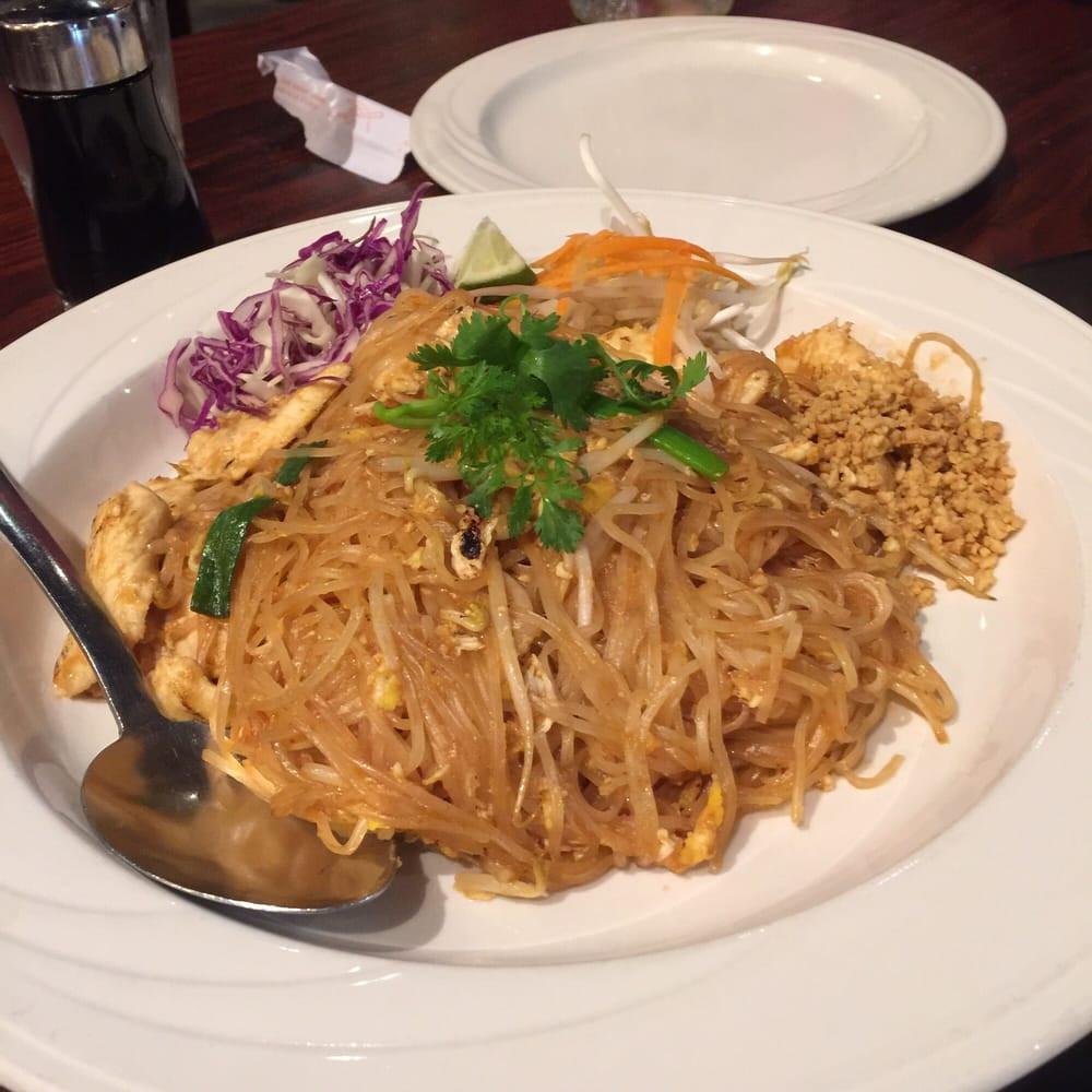 Pad Thai Austin  Pad Thai $10 Mai Thai s pad Thai is super delicious I