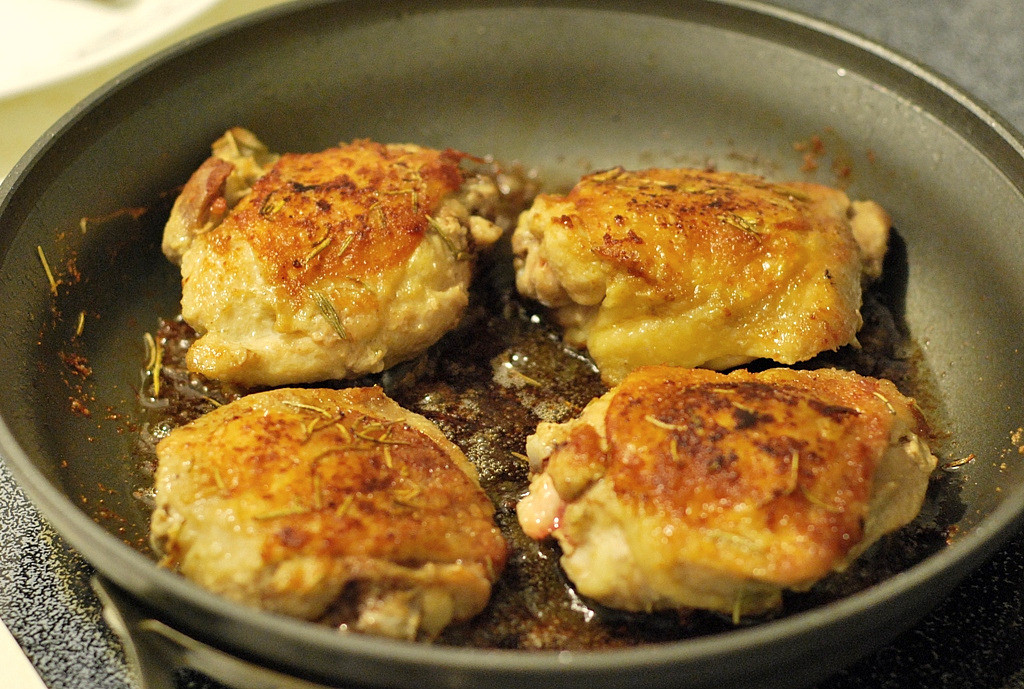 Pan Fried Chicken Recipe  how to cook chicken thighs in a pan