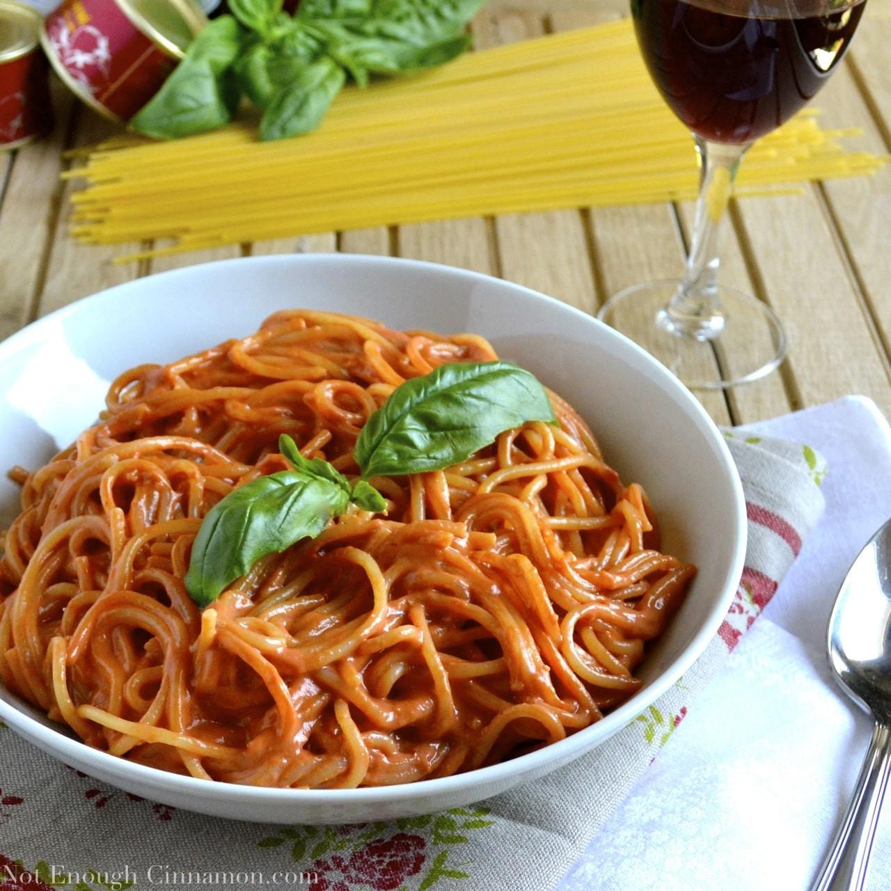Pasta With Tomato Sauce  Skinny Pesto Cream Pasta