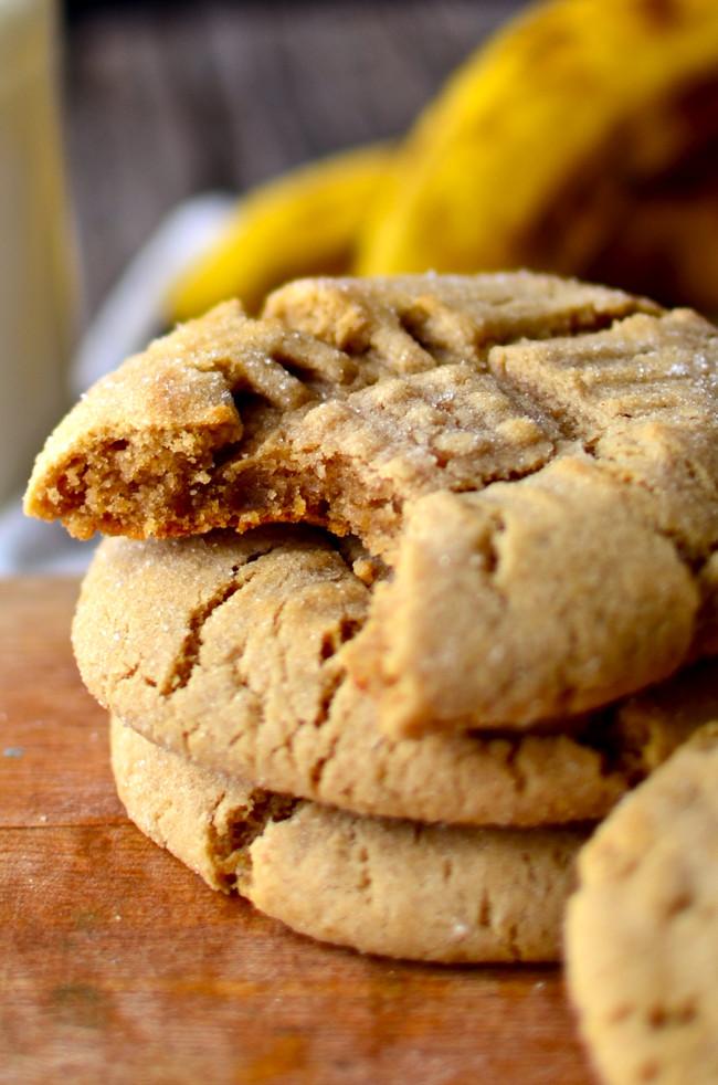 Peanut Butter Banana Cookies  Yammie s Noshery Fat Chewy Peanut Butter Banana Cookies
