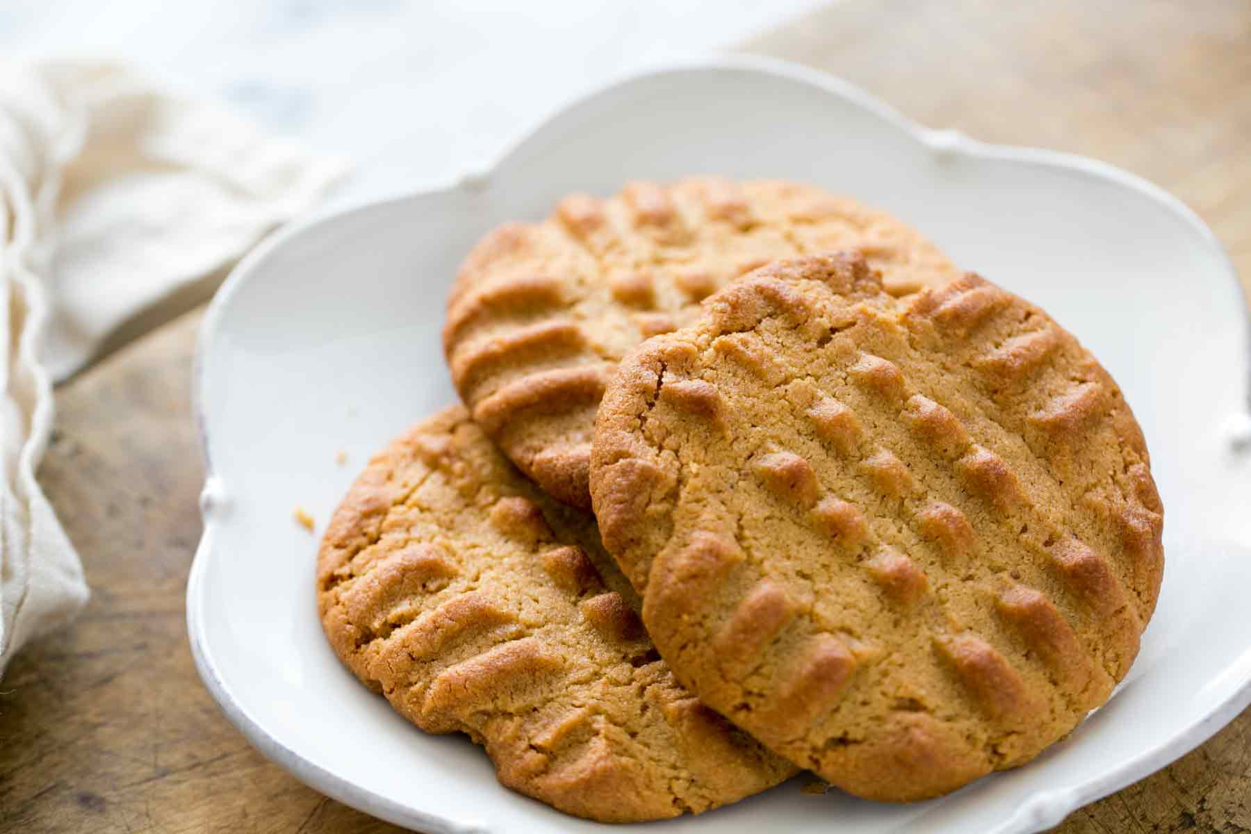 Peanut Butter Cookies Recipe Easy  Easy Peanut Butter Cookies Homemade