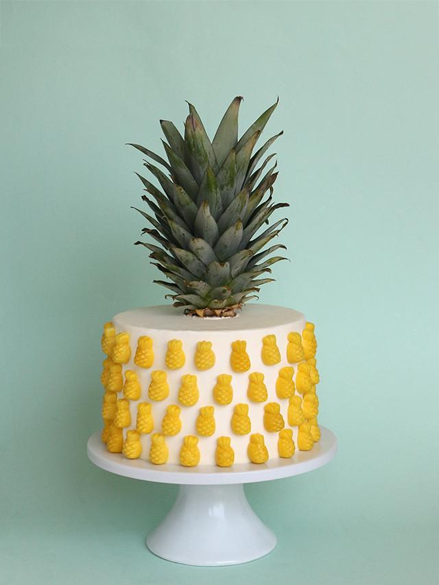 Pineapple Shaped Cake  Pineapple Cake – Alana Jones Mann