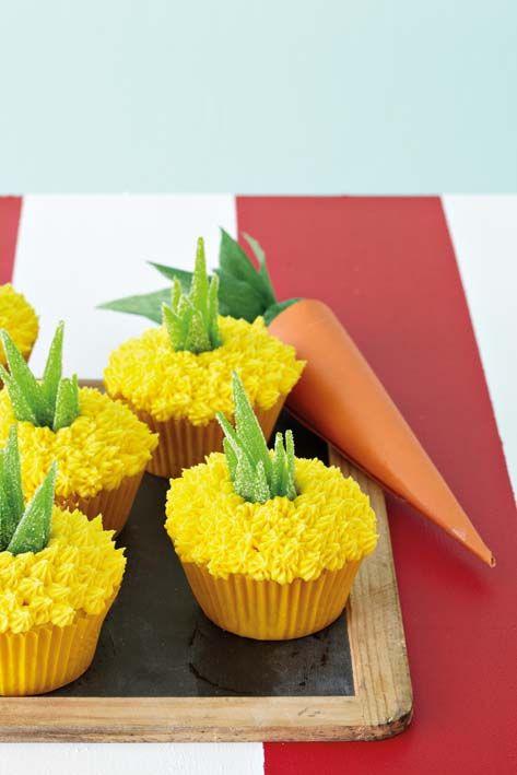 Pineapple Shaped Cake  pineapple shaped cupcakes