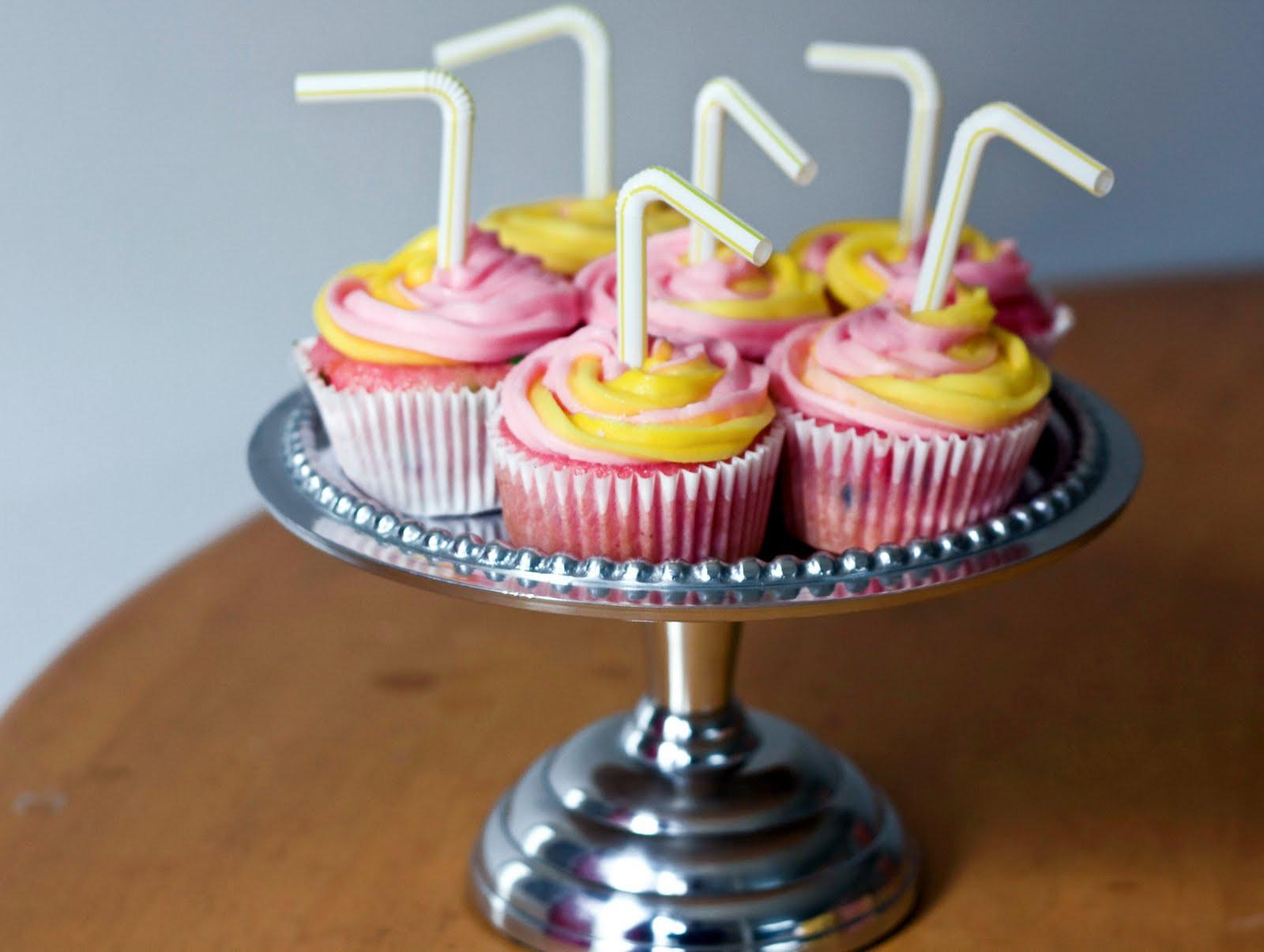 Pink Lemonade Cupcakes  Erica s Sweet Tooth Pink Lemonade Cupcakes
