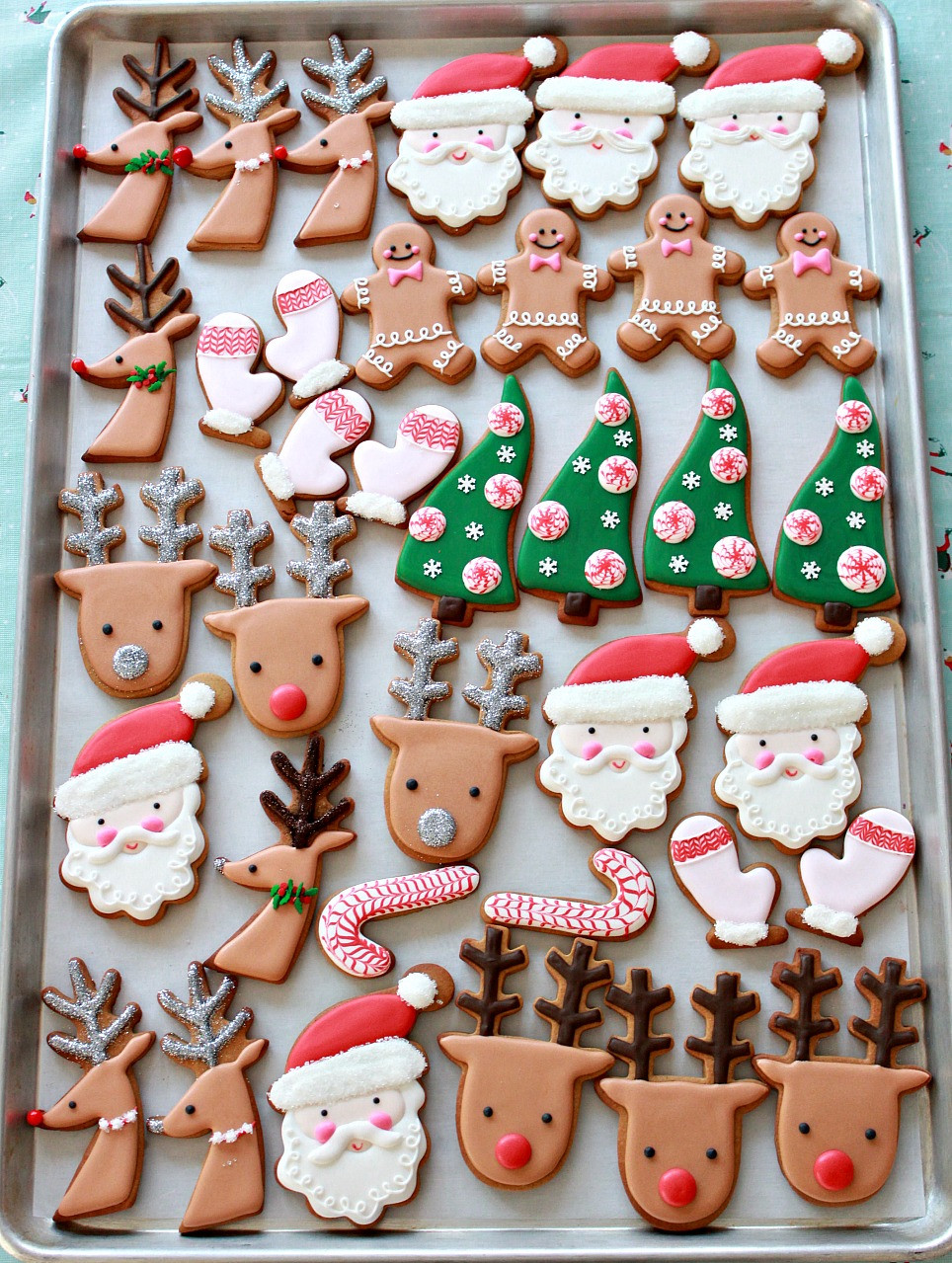 Pinterest Christmas Cookies  Video How to Decorate Christmas Cookies Simple Designs