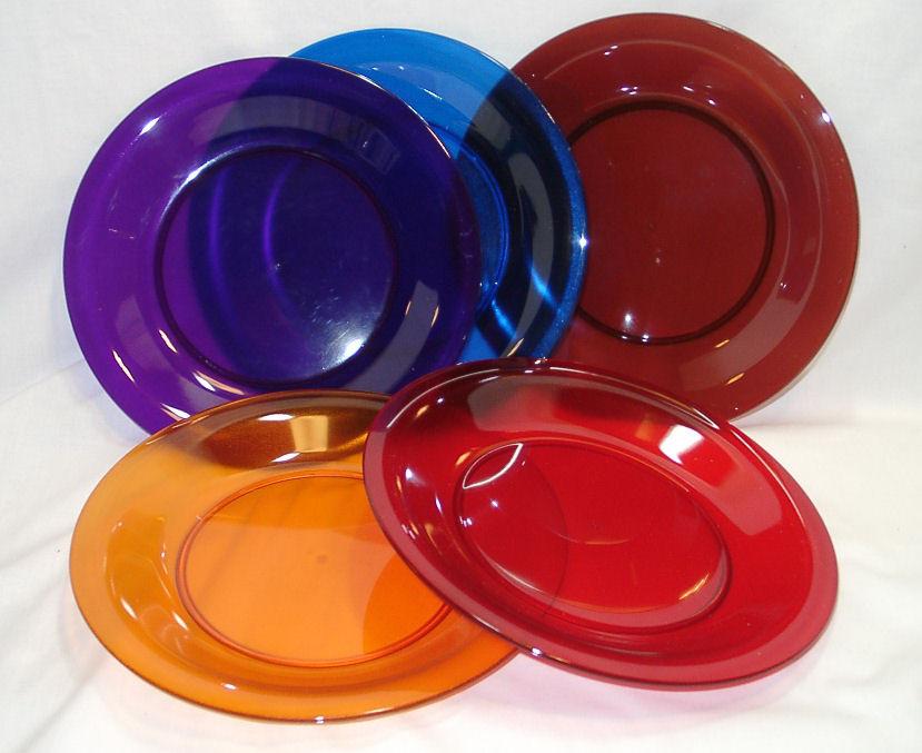 Plastic Dinner Plates  Bentley Plastic Dinner Plates Set 4 Choose Your Colors