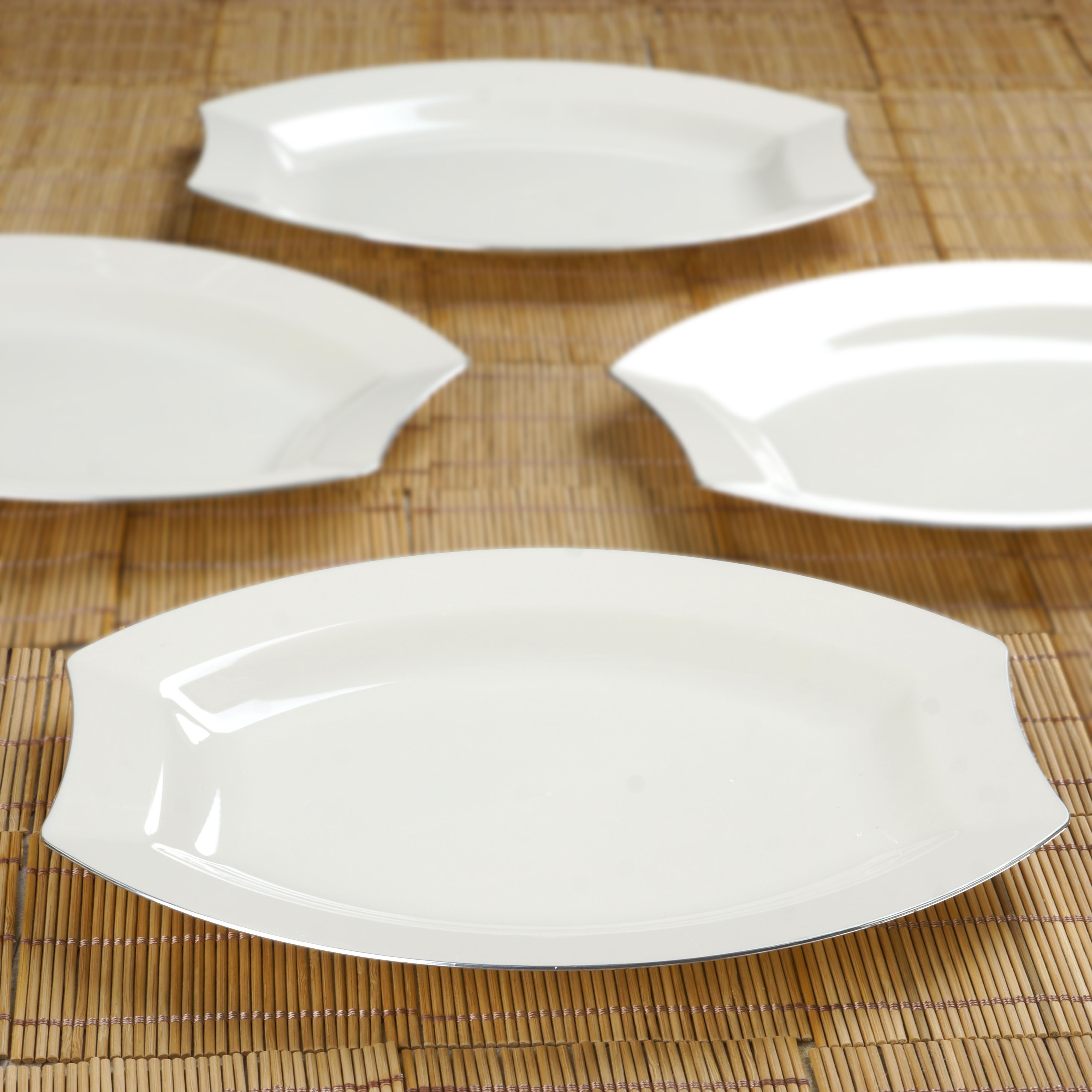 "Plastic Dinner Plates  Hard Plastic 10 5"" Oval DINNER PLATES Silver EDGE Party"
