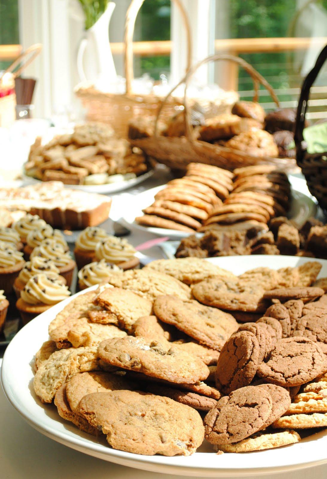Pot Luck Desserts  Event Recap Big Summer Potluck How To Simplify