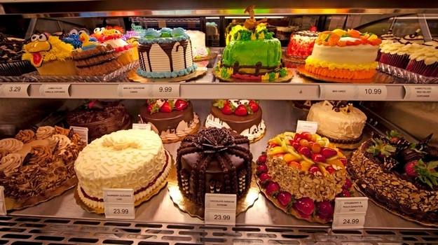 Publix Thanksgiving Dinner 2018 Cost  9 Publix Bakery Cakes Supermarket Publix Bakery
