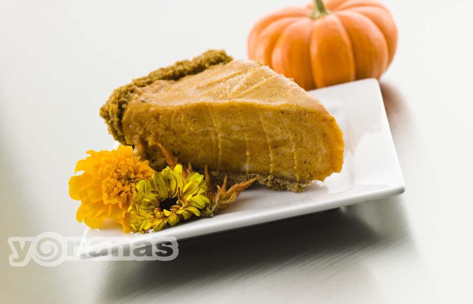 Pumpkin Pie With Gingersnap Crust  Pumpkin Pie with Gingersnap Crust