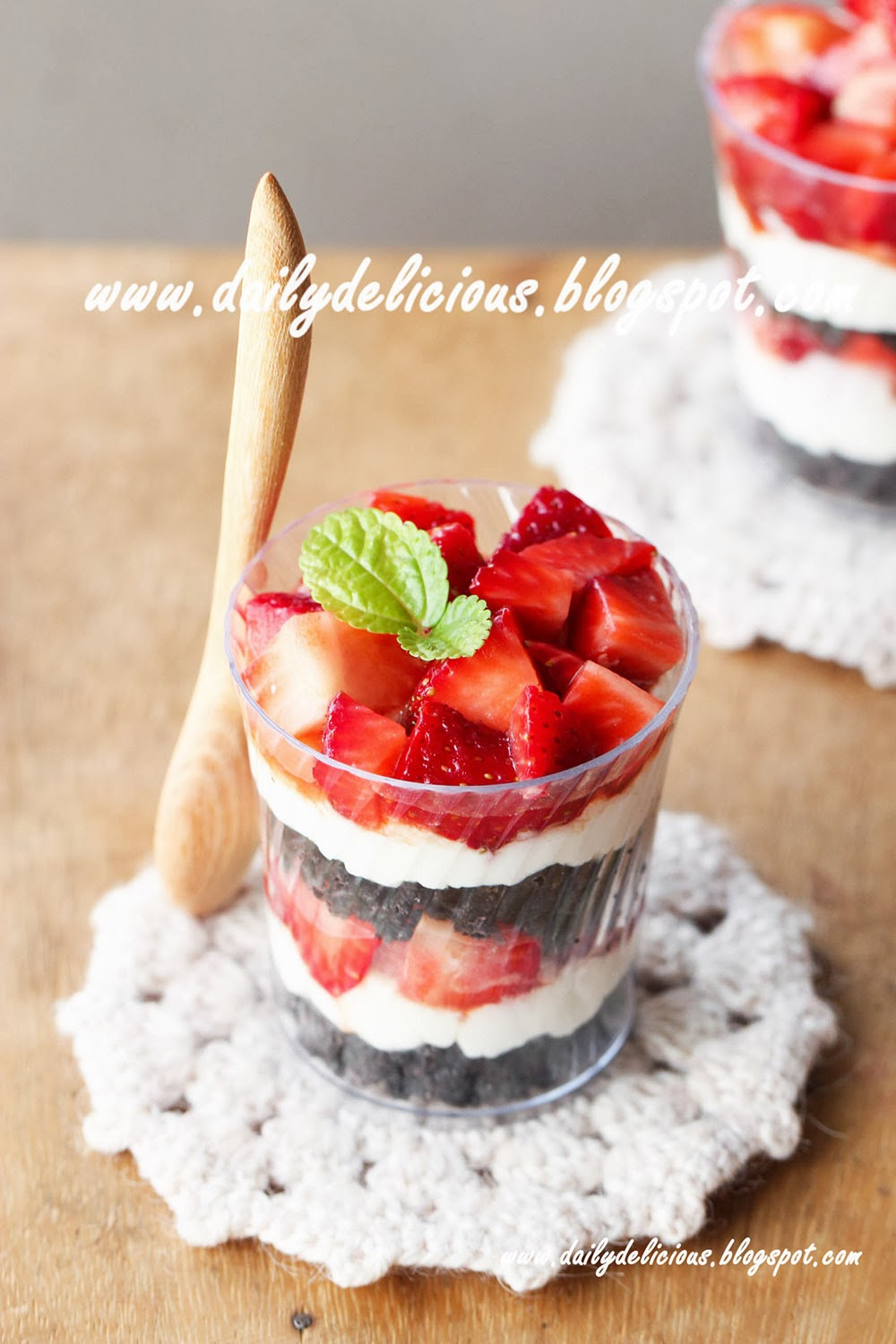 Quick And Easy Desserts  dailydelicious Quick fix desserts Easy Strawberry and