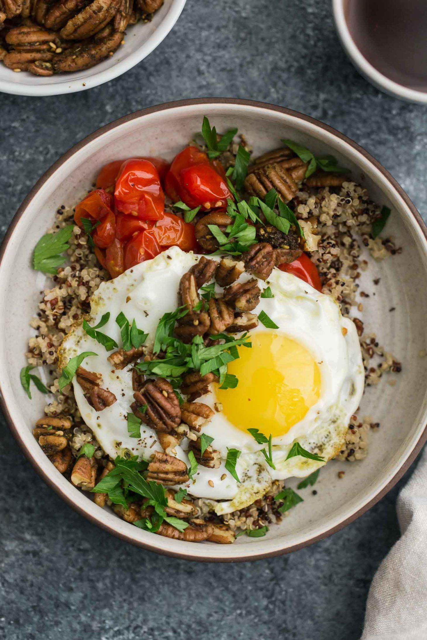 Quinoa Breakfast Bowl  Za'atar Spiced Pecans and Quinoa Breakfast Bowl