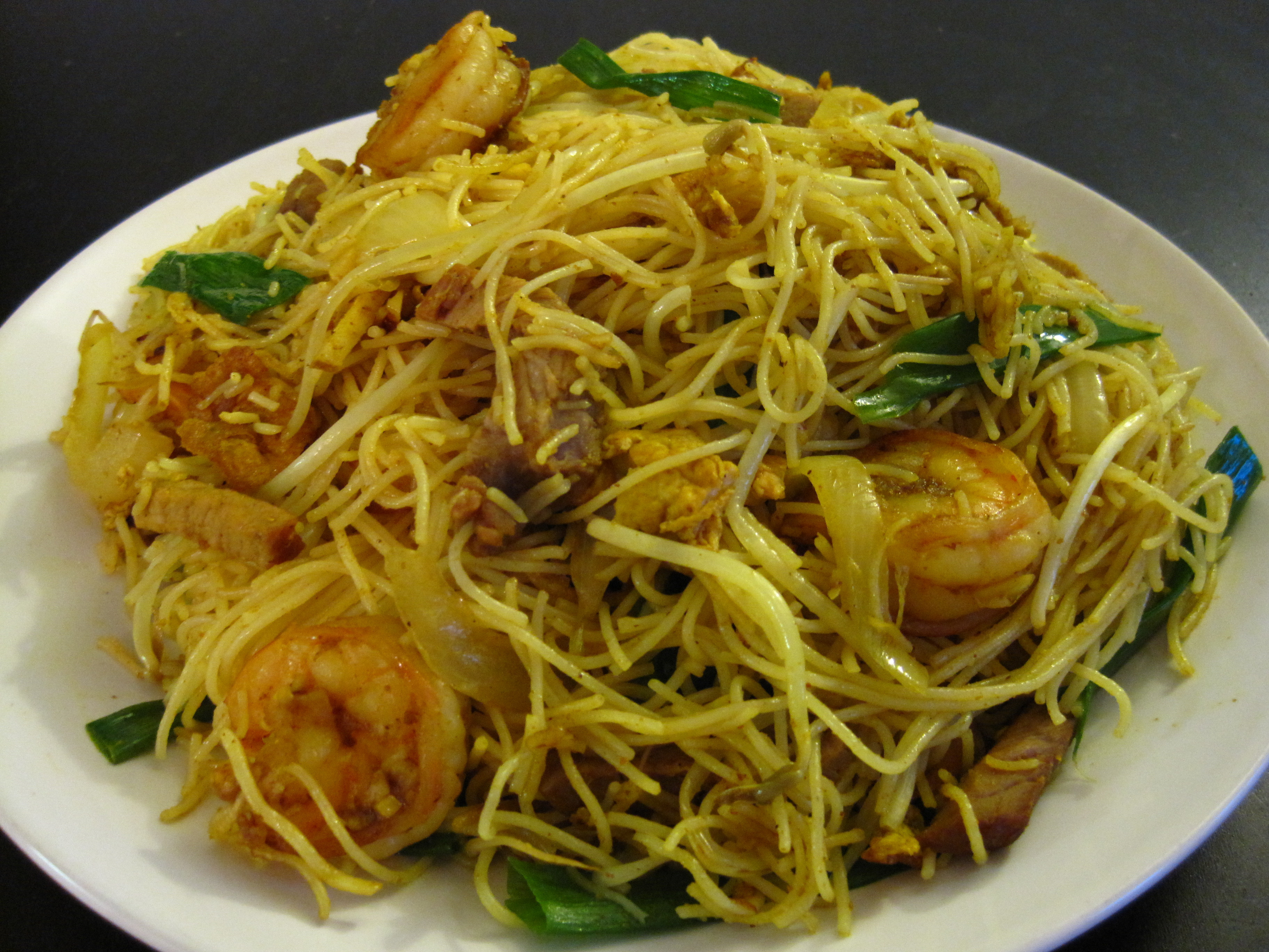 Recipes With Rice Noodles  Singapore Fried Vermicelli Recipe
